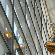 laveur de vitres aéroport