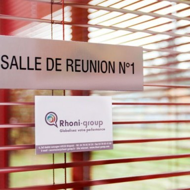 Rhoni-Group_salle_de_reunion